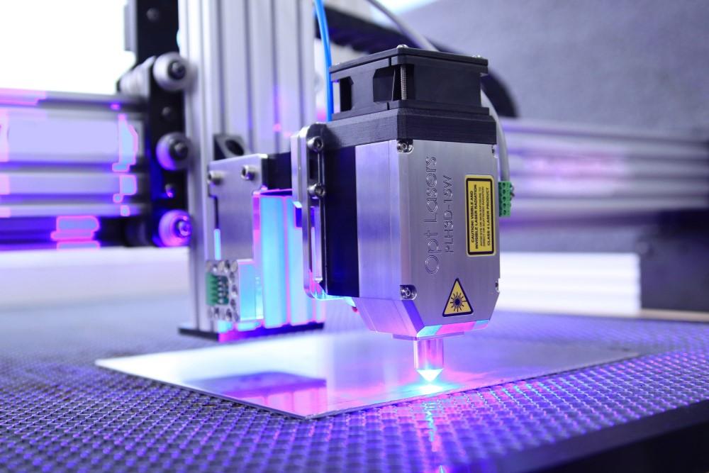 15 W Blue Laser - PLH3D-15W from Opt Lasers Grav